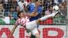Incidente grave în partida dintre Italia și Croația din preliminariile Euro-2016 de la Milano