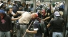 Lupte de stradă la Acapulco: Manifestanţii s-au confruntat cu poliţia