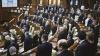 Emoţii şi voie bună la Parlament. Cum a demarat prima şedinţă a noului Legislativ (GALERIE FOTO)