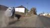 Un şofer, LA UN PAS DE MOARTE! Imagini de groază au fost surprinse de o cameră video