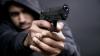 ATAC eşuat la o benzinărie din Bălți. Doi mascaţi înarmaţi au fost puşi pe fugă (VIDEO)