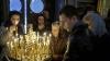 Zeci de enoriaşi au mers la biserică pentru a participa la slujba din ajunul Crăciunului