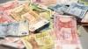 Moldovenii cheltuiesc mai mult decât câştigă. Cei mai mulţi bani tot pe mâncare se duc