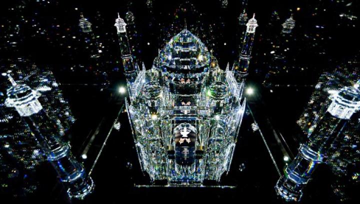 Impresionantul muzeu Swarovski Crystal Worlds va fi redeschis publicului în 2015