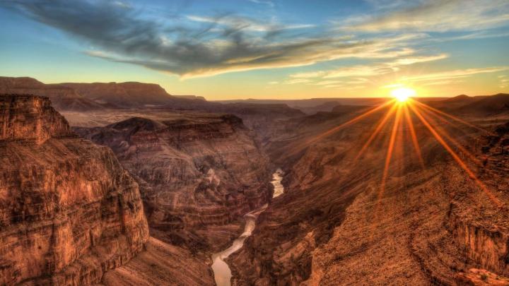Este SENZAŢIONAL! Un fenomen rar a fost observat în Marele Canion (FOTO)
