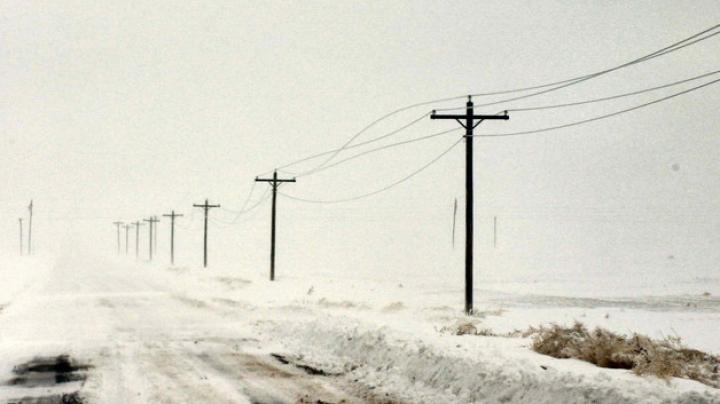 Viscolul face ravagii: 16 sate au rămas fără electricitate