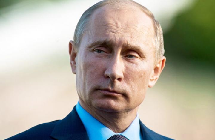 Vladimir Putin, în rol de Moş Crăciun. Ce i-a dăruit liderul de la Kremlin unui băieţel din Doneţk