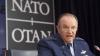 NATO nu are dubii că insurgenţii din Ucraina sunt ajutaţi de Kremlin. Ce avertisment a emis organizaţia