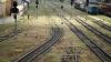 Accident pe calea ferată din capitală: O femeie a fost lovită de o locomotivă