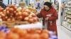 Efectele devalorizării rublei: Ce schimbări au avut loc în viaţa a circa 80% dintre ruşi