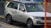 Sute de Land Rover-uri au fost salvate de pe o navă răsturnată în Canalul Mânecii (VIDEO)