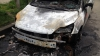 Un autoturism a ars complet în sectorul Buiucani. Sistemul de alimentare cu gaz nu a explodat