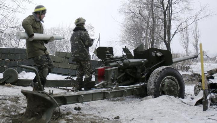 Lupte sângeroase în estul Ucrainei: Cel puțin șapte civili au murit în orașul Debalţevo