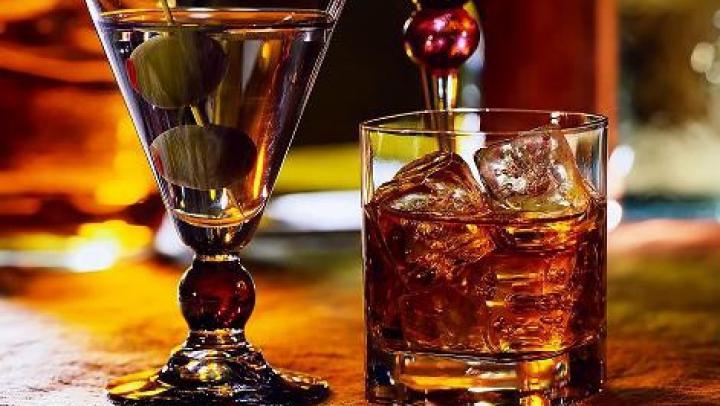 Cercetătorii au demonstrat: Un pahar de băutură îți face viața mai bună