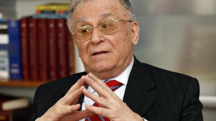 Ion Iliescu, fostul președinte al României a împlinit 85 de ani