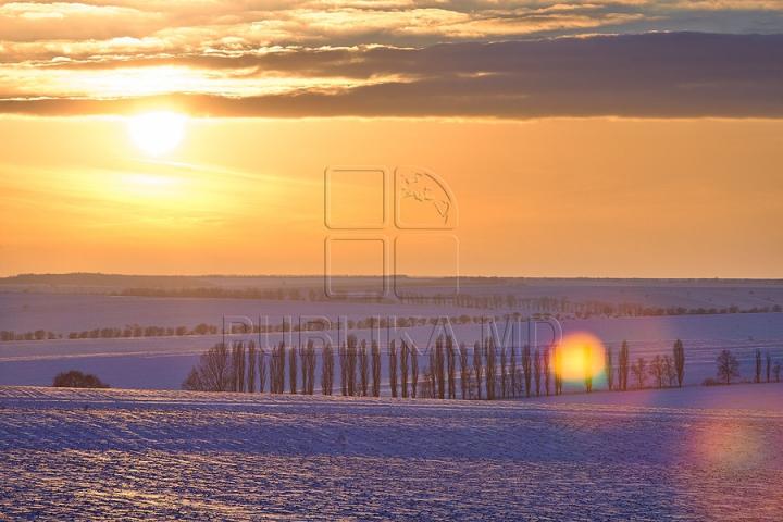 Peisaje de iarnă inedite. Cum arată Moldova în luna lui gerar (GALERIE FOTO)