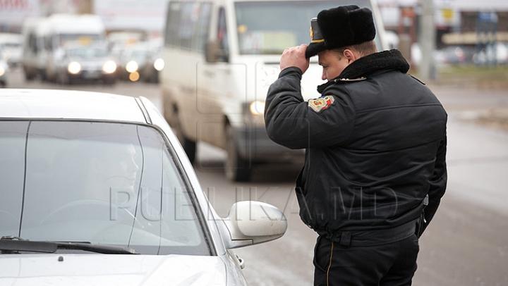 Un inspector de patrulare, AMENINŢAT de un şofer. Ce a declarat bărbatul la serviciul 112