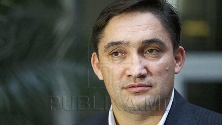 Alexandr Stoianoglo spune dacă va veni în Parlament să ceară arestarea democratului Sergiu Sîrbu