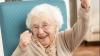 Ea ar putea fi una dintre cele mai norocoase bătrânele din Rusia! (VIDEO)