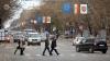 Traversează strada cu frică! Părerile oamenilor despre securizarea trecerilor de pietoni (VIDEO)
