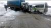 ACCIDENT GROAZNIC: 11 oameni au murit după ce un camion a lovit un microbuz (VIDEO)