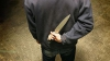 Alcoolul i-a luat minţile! Un bărbat din Ungheni şi-a înjunghiat soţia şi fiica de cinci ani