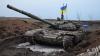 Soldaţii ucraineni se laudă cu un tanc furat de la luptătorii ruşi din Donbas (FOTO)