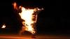 Pe culmile disperării. Un bărbat din Comrat şi-a dat foc după o dispută cu nevasta