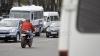 PERICOL şi NEPĂSARE! Cum îşi permite să conducă un şofer pe o stradă din Chişinău (VIDEO)