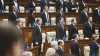 Şedinţa Parlamentului, amânată pentru joi la cererea lui Leancă