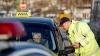 Ce pot păţi şoferii de taxi care nu şi-au echipat maşina cu scaun pentru copii