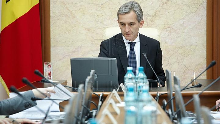 Moldova, fără Executiv! Guvernul Leancă 2 NU A PRIMIT votul de încredere al Parlamentului
