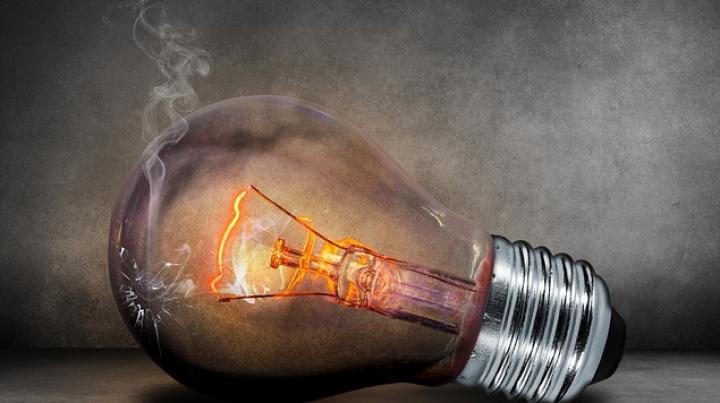Electricitatea ar putea să coste mai mult. EXPLICAŢIA directorului Gas Natural Fenosa