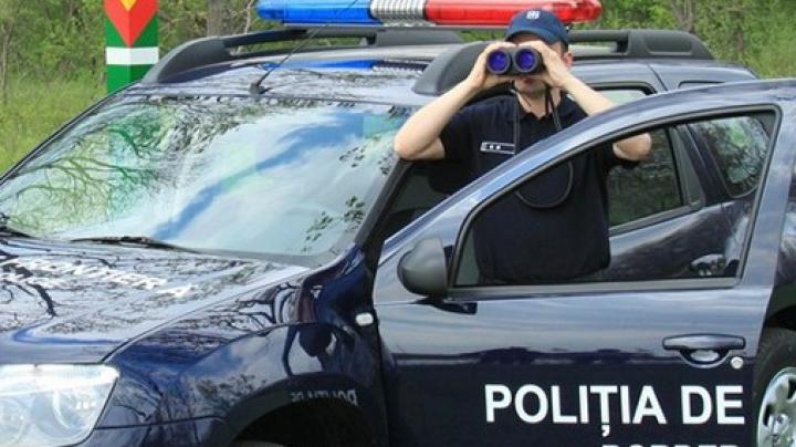 Reţinuţi pentru contrabandă. Poliţiştii au rămas uimiţi de ce transporta un moldovean şi un ucrainean