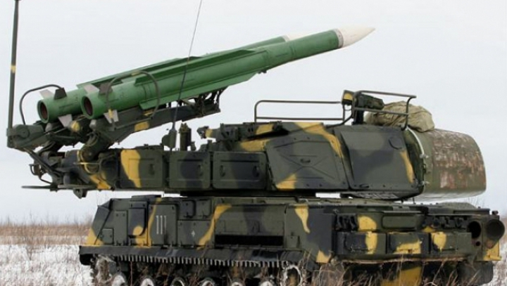 Tensiunea creşte în estul Ucrainei: Sute de soldaţi ruşi şi lansatoare de rachete au intrat în ţară