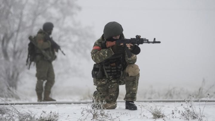 Luptele continuă în estul Ucrainei: Nouă soldați au fost uciși și 26 răniți, în doar 24 de ore