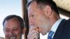 Straneităţile premierului australian. Numai să vezi cum mănâncă o ceapă (VIDEO)
