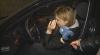 """(VIDEO) """"Nopţi albe"""" în ajun de 8 Martie. O şoferiţă afirmă că a fost prinsă beată în mod expres"""