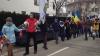 PROTEST la Bucureşti. Zeci de tineri au format un lanţ uman (VIDEO)