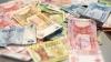 CURS VALUTAR: Leul continuă să piardă teren în faţa principalelor valute de referinţă