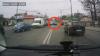 Ce face un TUPEIST cu Landrover-ul pe strada Ismail din Chişinău (VIDEO)