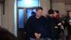(VIDEO) Sergiu Lucinschi a fost scos ÎN CĂTUŞE din sediul DNA şi dus în faţa unei instanţe din Bucureşti