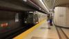 Un neamţ beat a intrat cu maşina în metrou, luându-se după un tramvai (FOTO)