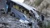ACCIDENT TERIBIL. Cel puţin 20 de oameni au murit, după ce un autobuz s-a prăbuşit în prăpastie (FOTO)