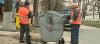 Vor să le facă curate! Tomberoanele şi coşurile de gunoi din oraş, spălate şi dezinfectate (VIDEO)