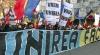 Manifestaţie pro-unire cu România la Chişinău. Unii trecători au înjurat demonstranţii