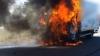 Un camion, în FLĂCĂRI! Pompierii au intervenit imediat (VIDEO)
