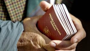 Ce poţi păţi la ieşirea din ţară dacă prezinţi un document de călătorie emis de alt stat