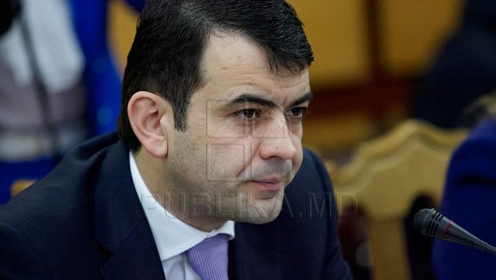 Are sau nu premierul moldovean studii superioare? Poliţia a demarat o investigaţie penală