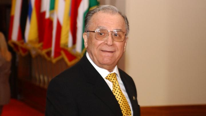 Fostul președinte al României Ion Iliescu ar putea fi anchetat
